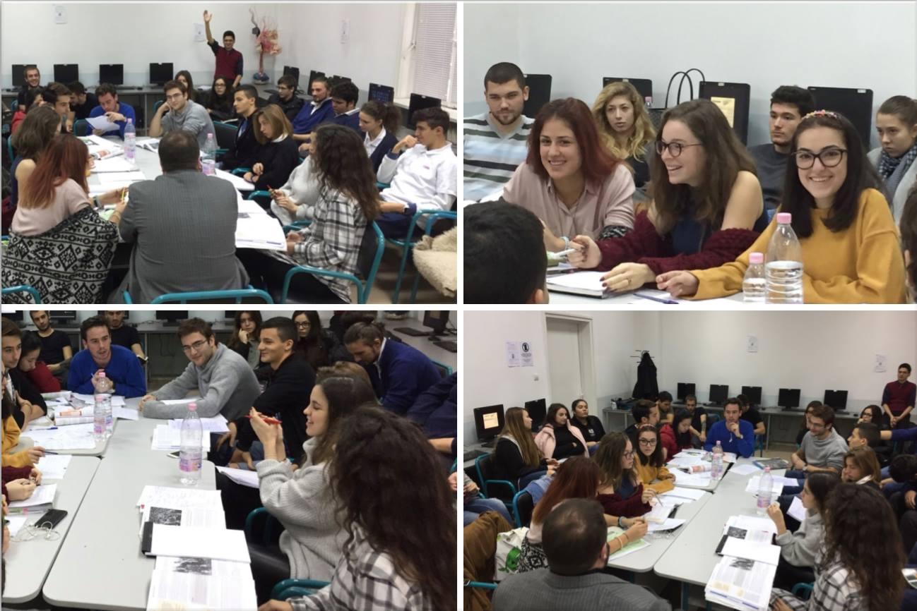 Учениците от 11. и 12. клас участват в дискусия по история