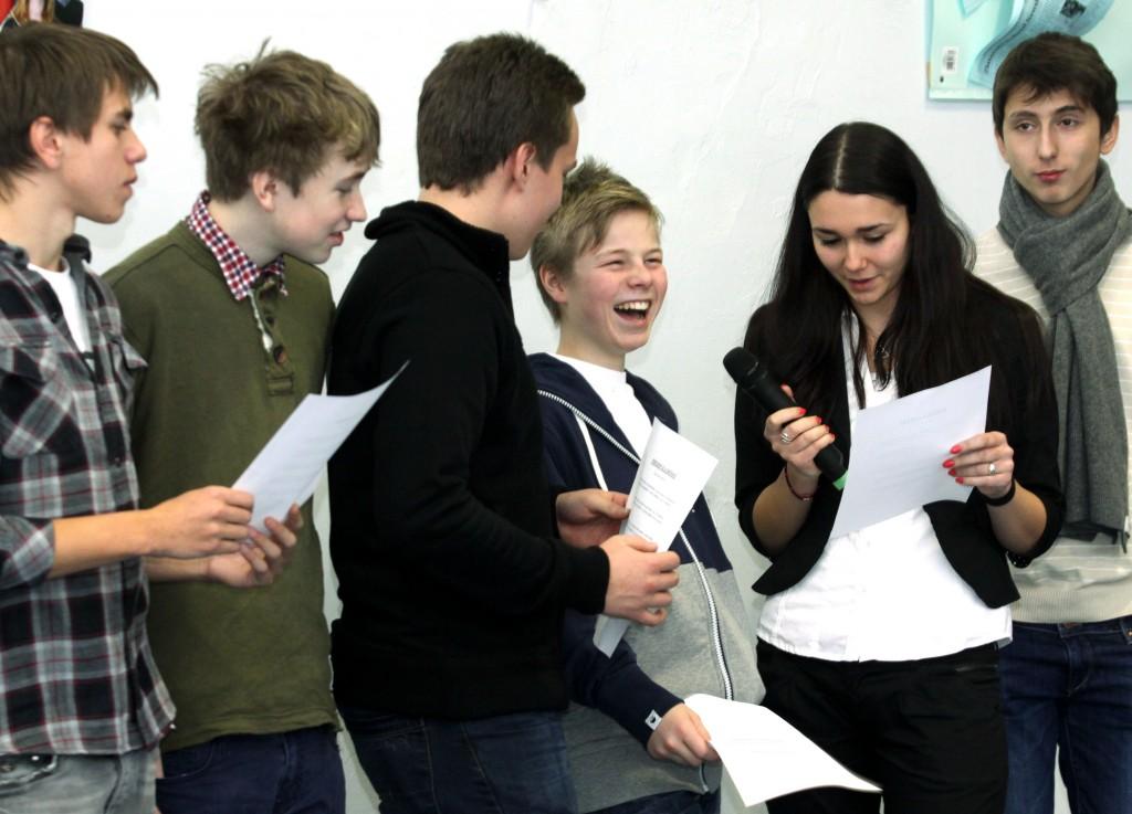 Групови презентации в 8. клас на тема средновековна България