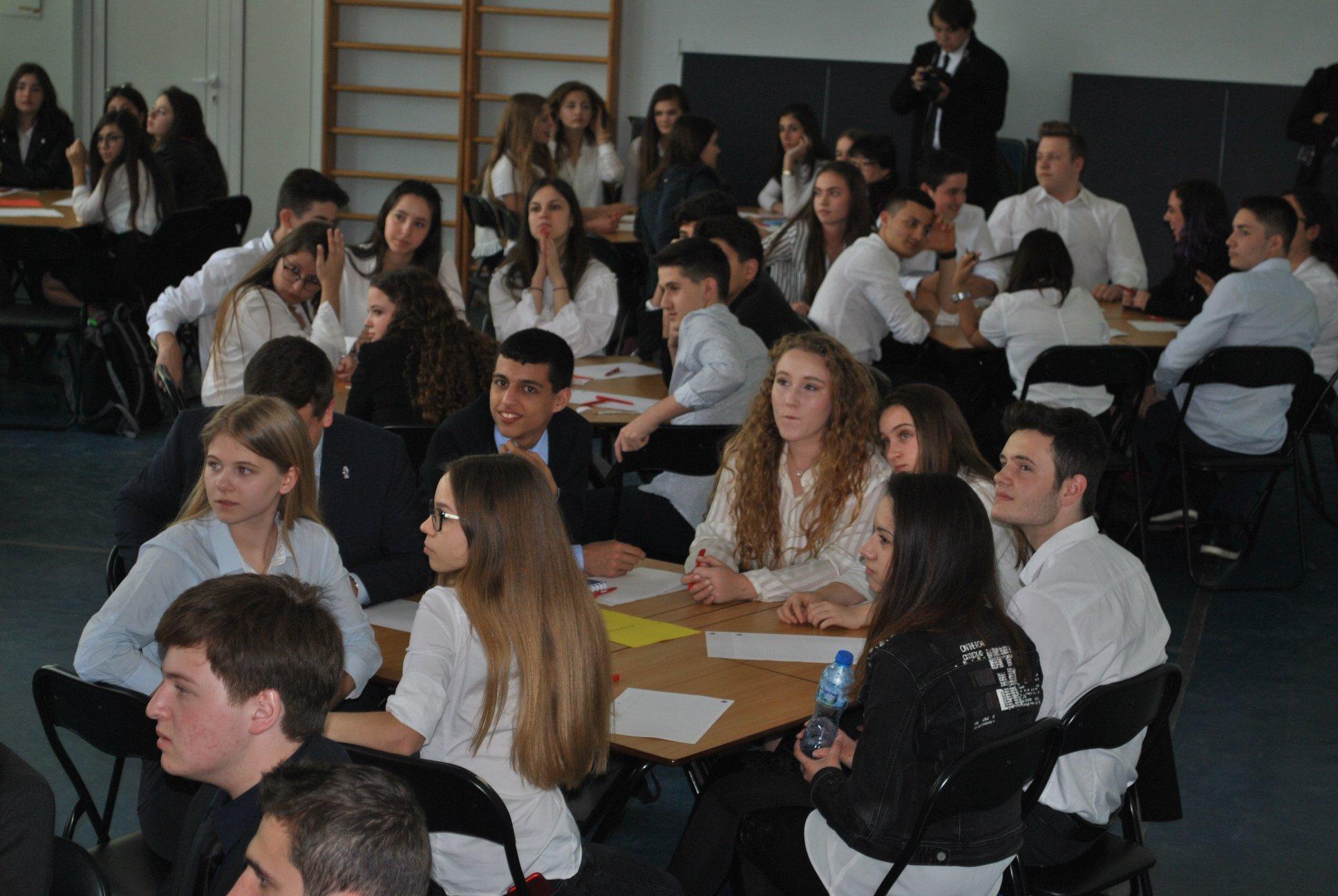 Областен кръг на Европейско кенгуру в Международно училище Златарски