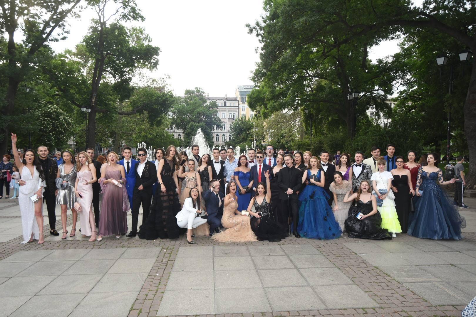Отново силни резултати на Матури 2019 за учениците на Международна гимназия Златарски
